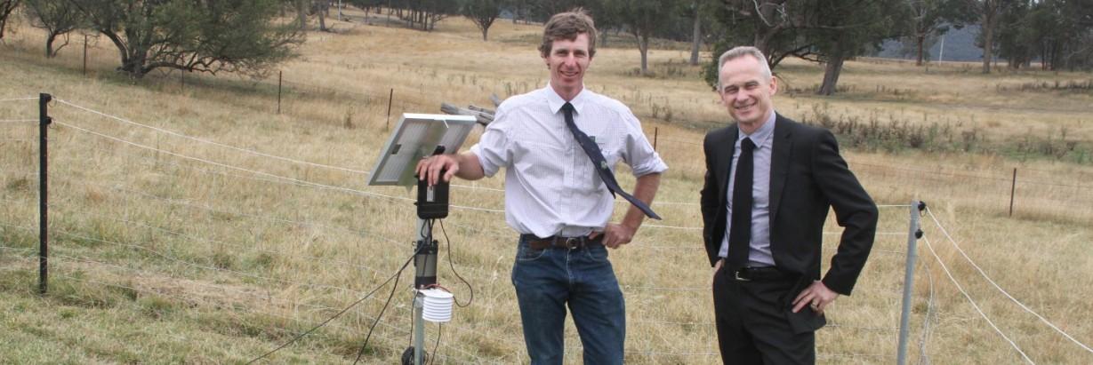 UNE SMART Farm - Remote weather station installation